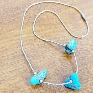 Jewelry - Chunky turquoise liquid silver vintage necklace